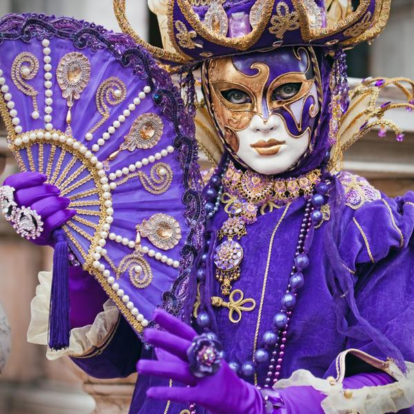 Магазинът за костюми на Дазлин - Page 2 Carnival_2010___02_by_snicph