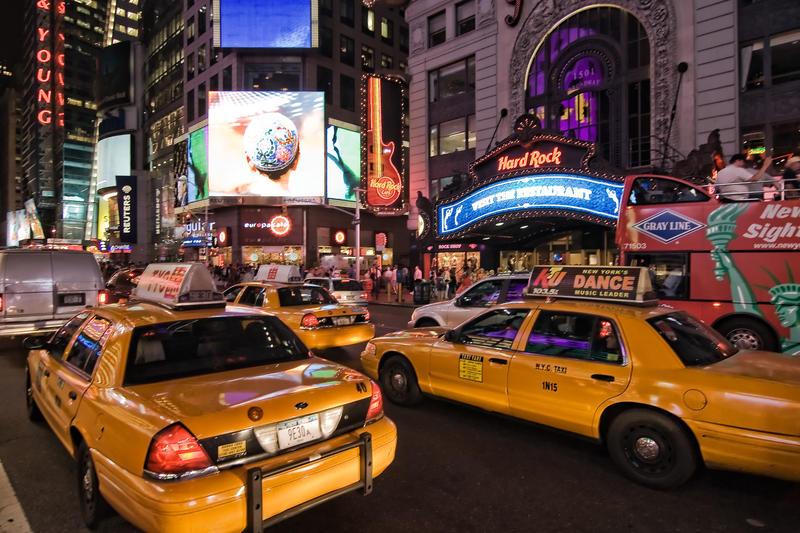 Times Square by Stilfoto