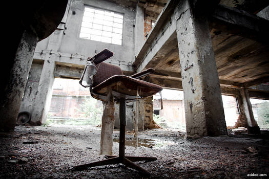 The passive observer's chair