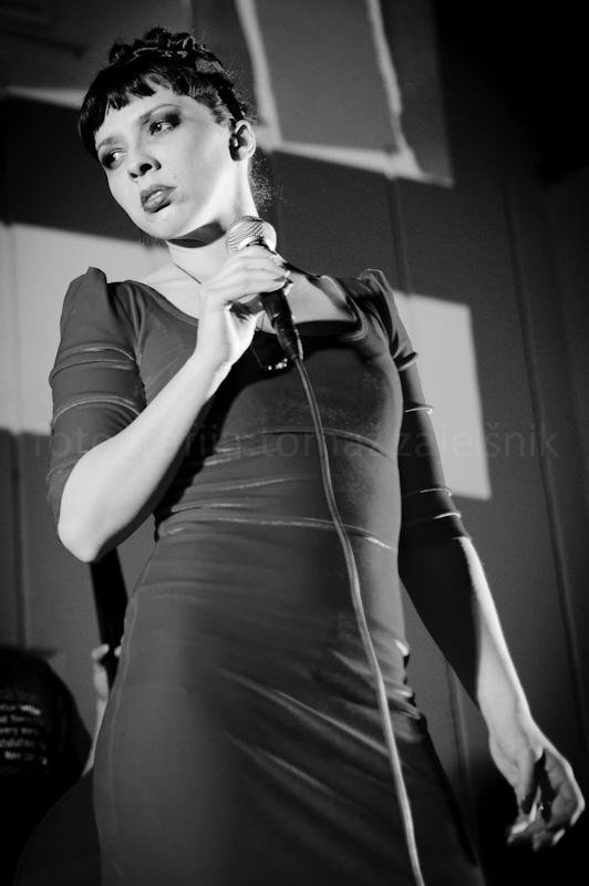Glamour Tango by tzaj