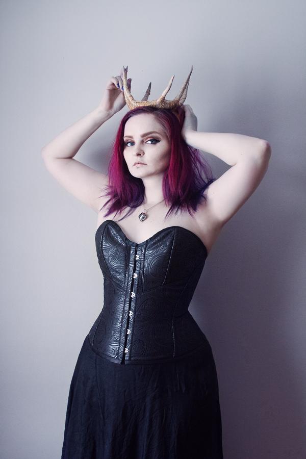Queen 2 by LadyStarDustxx