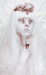 Shizuka II by MuseInBlack