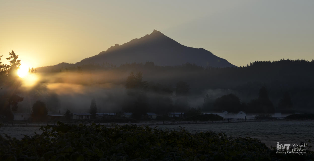 Sunrise Mount Pilchuck 2012 Fog frost by RoadKillConcepts