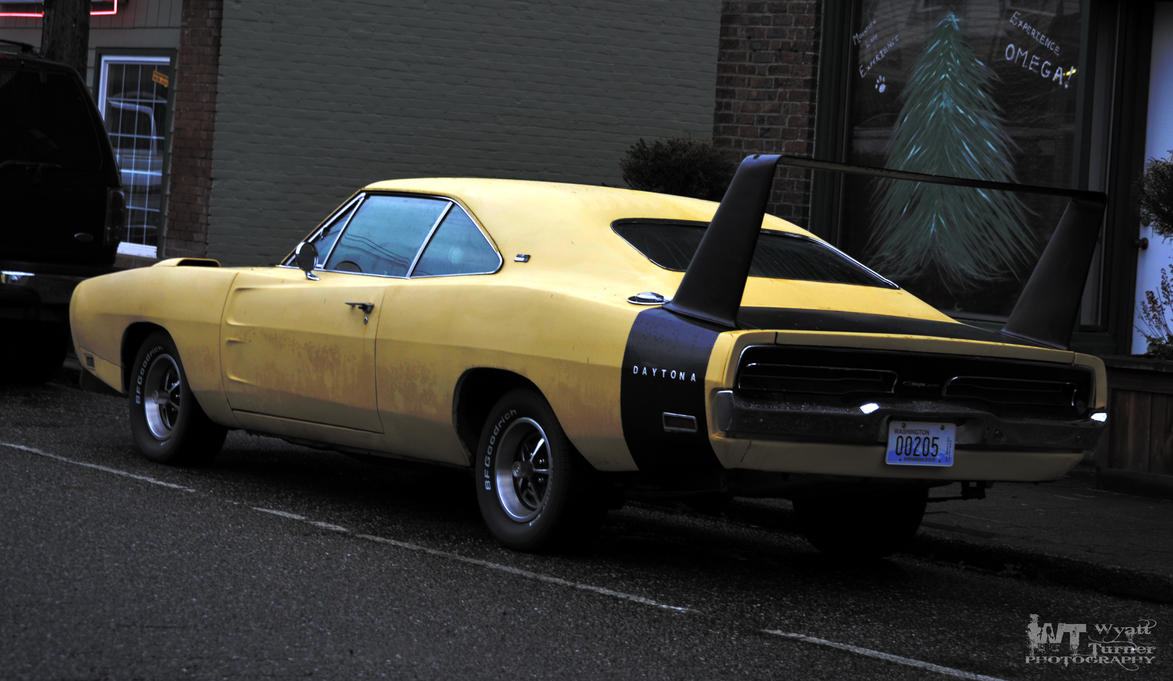 Dodge Daytona by RoadKillConcepts