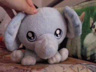 Elephant :D by Kuraikochii