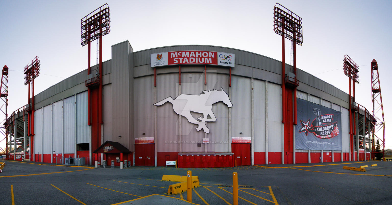 McMahon Stadium Calgary by lonnietaylor