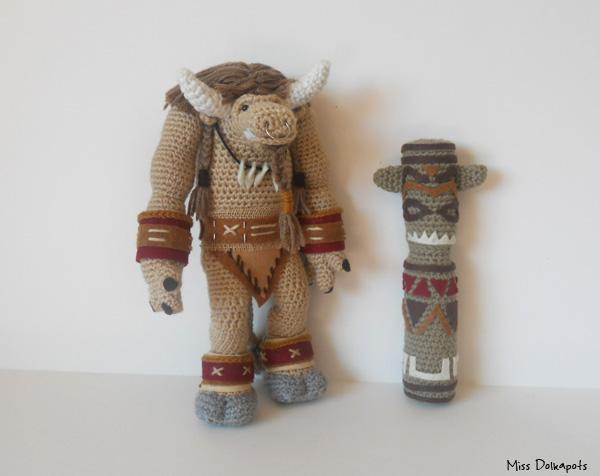 Tauren II - with totem by missdolkapots