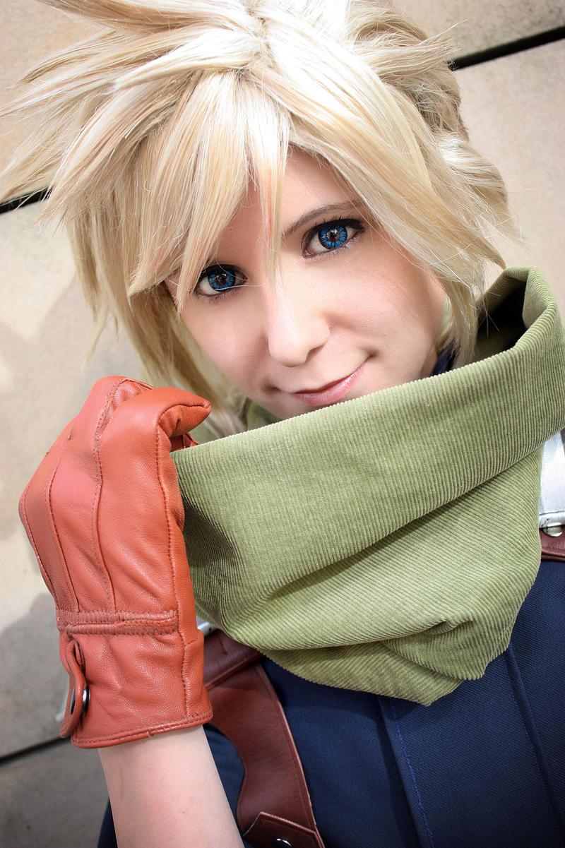 Bright eyes by Evil-Uke-Sora