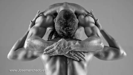 strong embrace by josemanchado