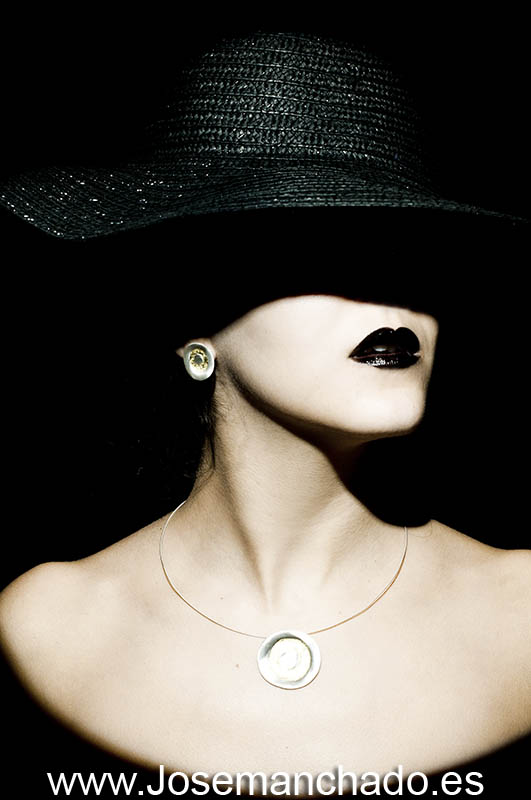 Sesiri i kape - Page 5 Ximena_walker_jewelry_5_by_josemanchado-d4m3ufa