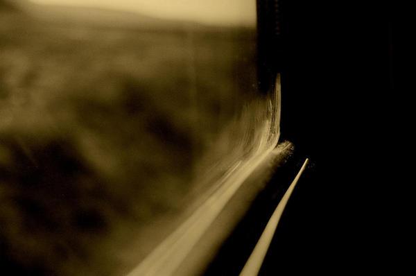 buzlu camdan bos yollara... by anginaaa