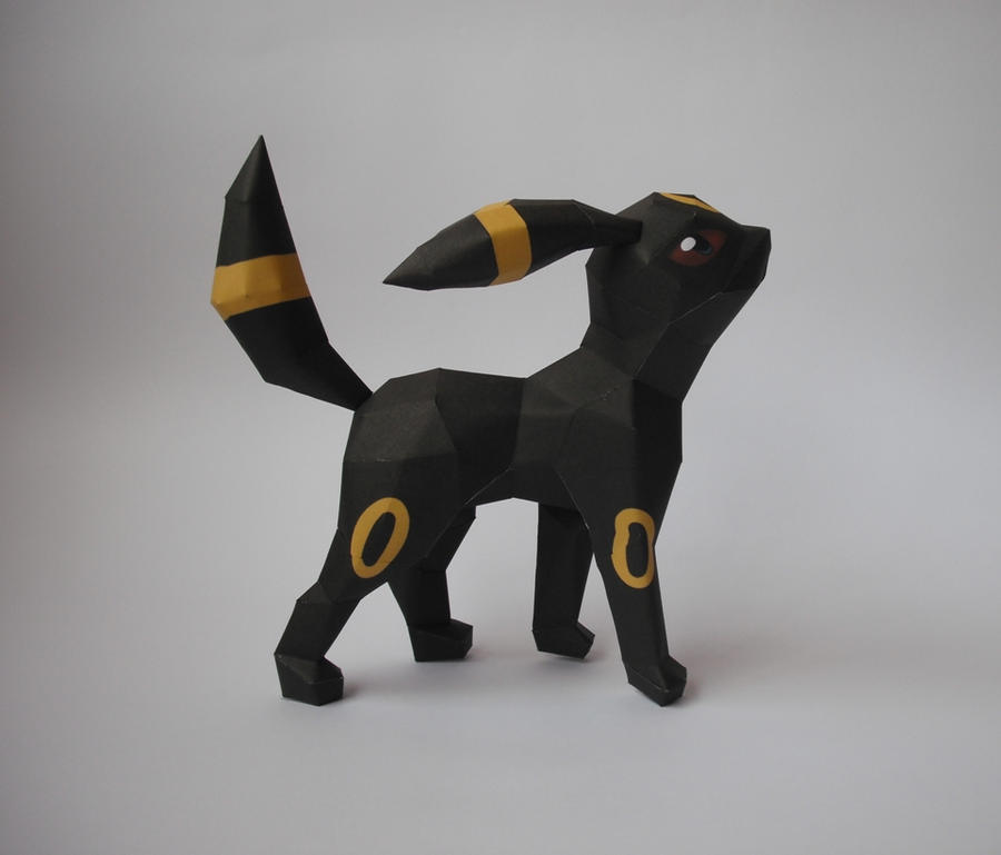 Umbreon Papercraft by xDCosmo