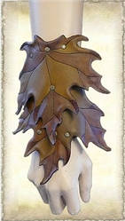 Leather armguard