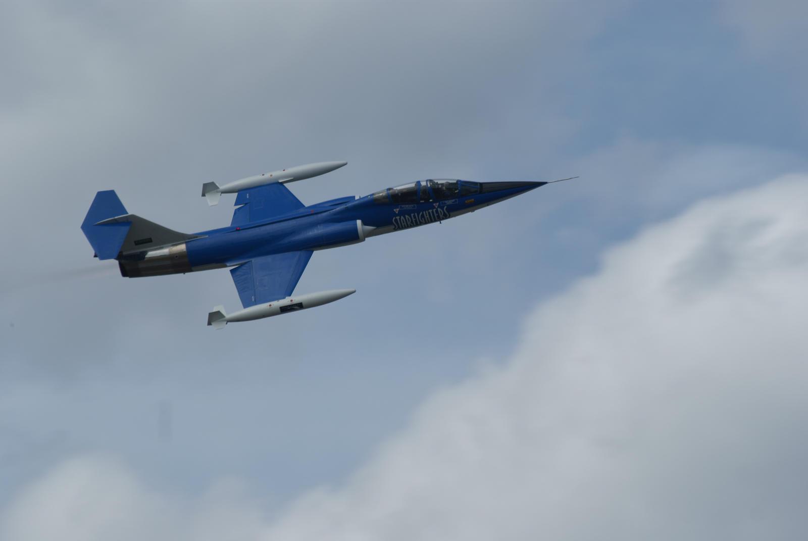 Unedited Starfighter by Valder137