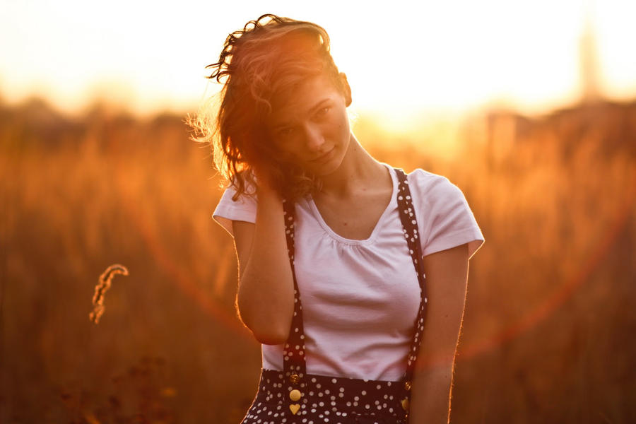 autumn sun by delskooo