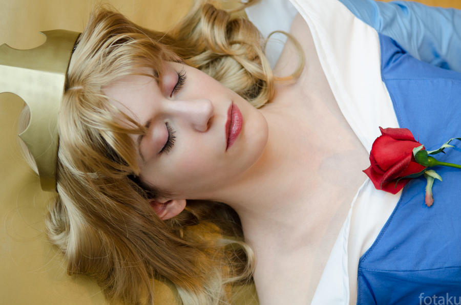 Sleeping Beauty: Somber Repose by katyanoctis