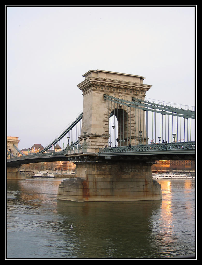 Ponte Szechenyi - Chain Bridge by jotamyg