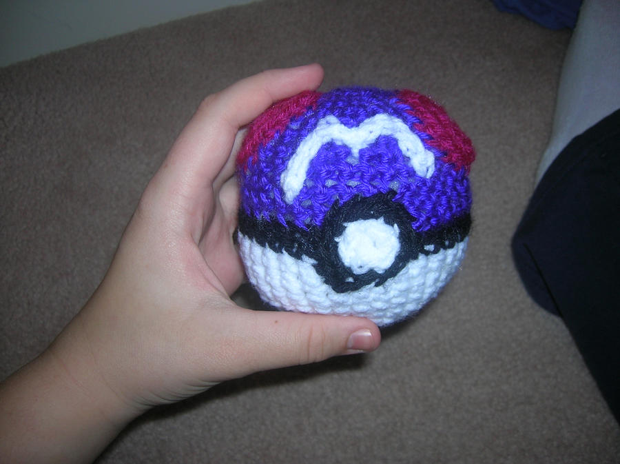 Amigurumi Master Ball : Masterball by Zikaeqs on DeviantArt