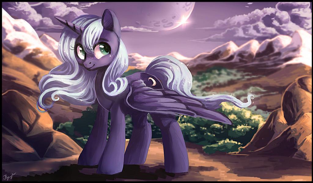 Princess Luna by LocksTO