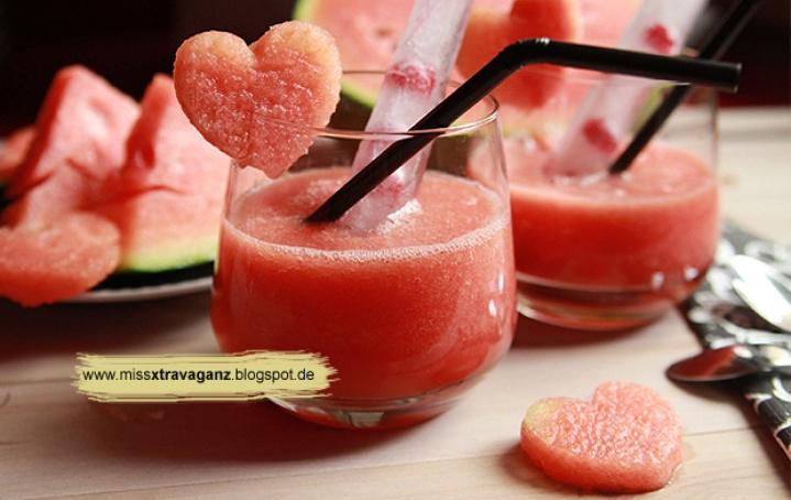 watermelon smoothie by MissVonXtravaganz