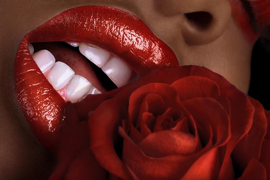 http://fc06.deviantart.net/fs70/f/2012/317/b/b/lips_by_featheredpixelsrs-d5kwp12.jpg