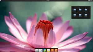 KDE4 Elementary Luna Desktop by half-left