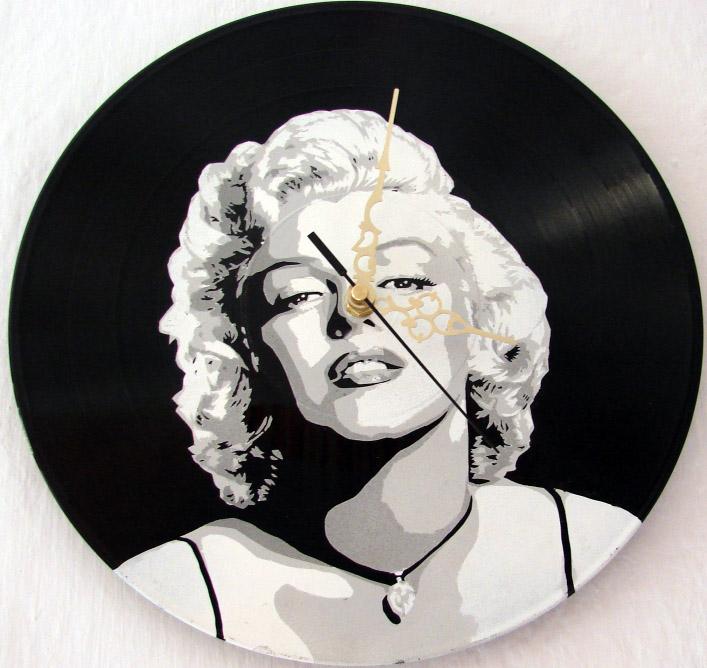 Marilyn Monroe vinyl clock by vantidus