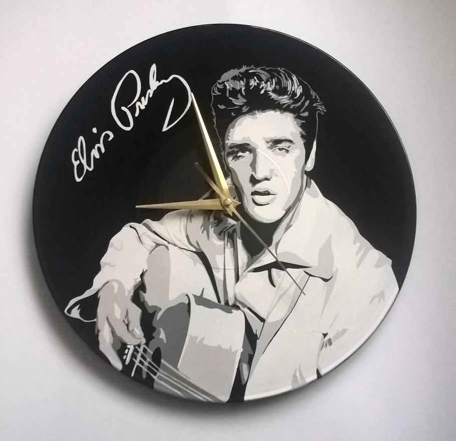 Elvis on vinyl record by vantidus