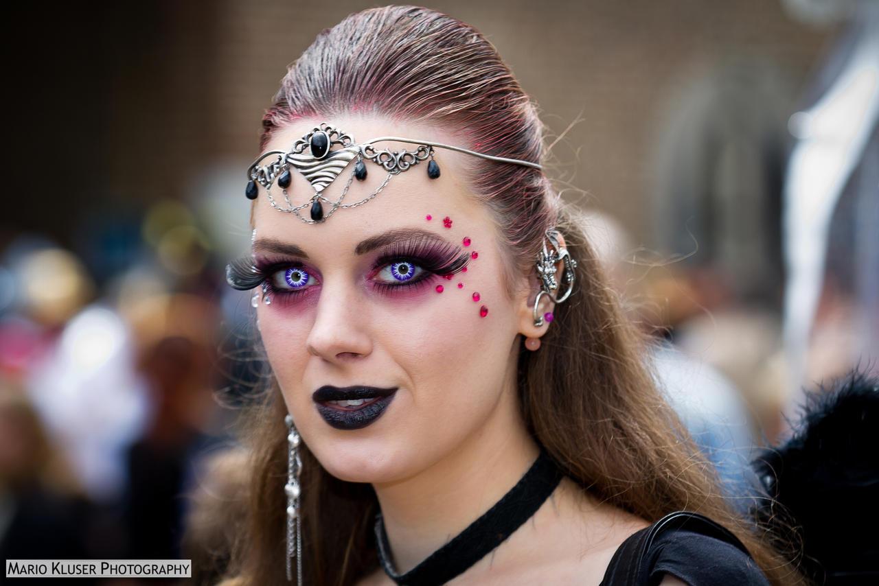 Magic Fair 2012 - Headshot #2