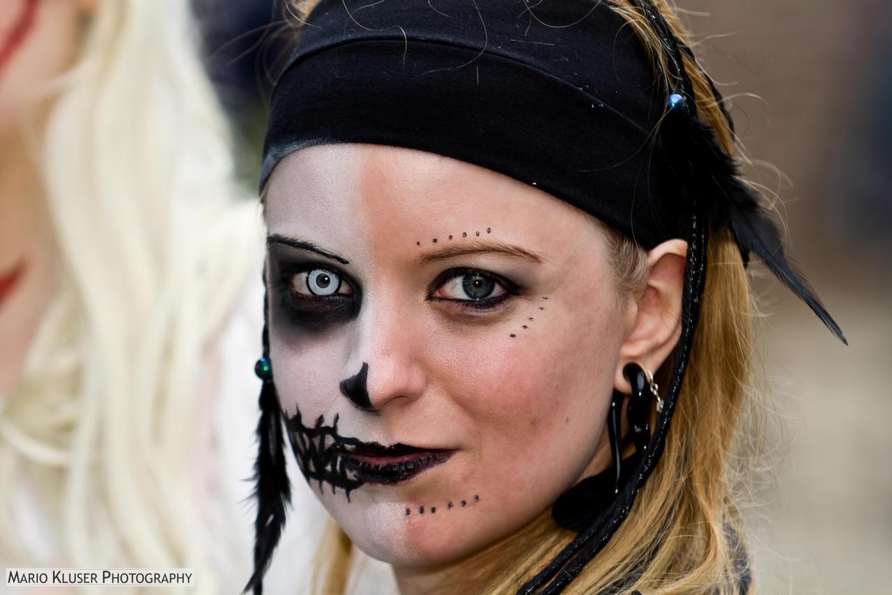 Magic Fair 2012 - Headshot #9