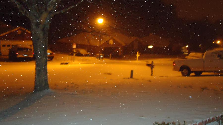 Snowy Night by takuya36diablo
