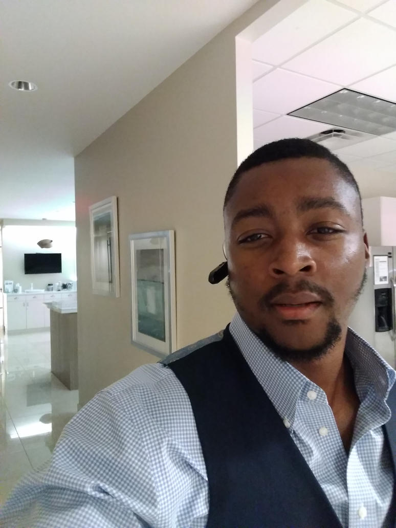 D'Vaughn Bell Selfie of walking through new office by dm25bell