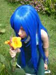 Cute Wendy discovering a secret garden