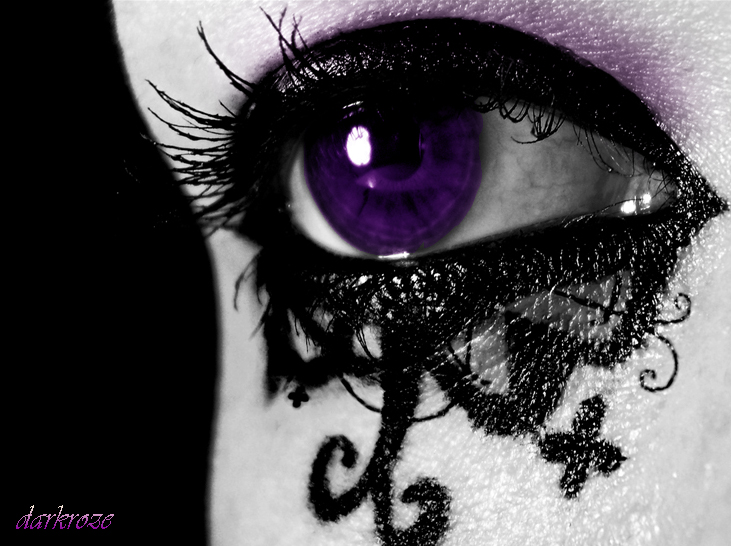 Gothic Purple Eye By D