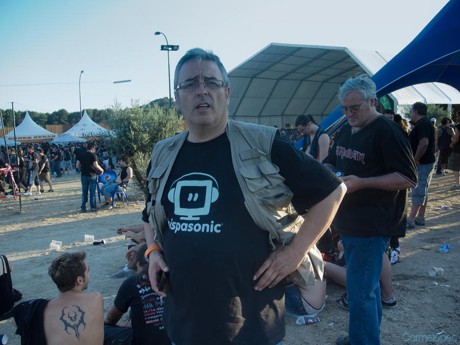 me_at_sonisphere_2011_by_carmelopec-d5cfb7h.jpg