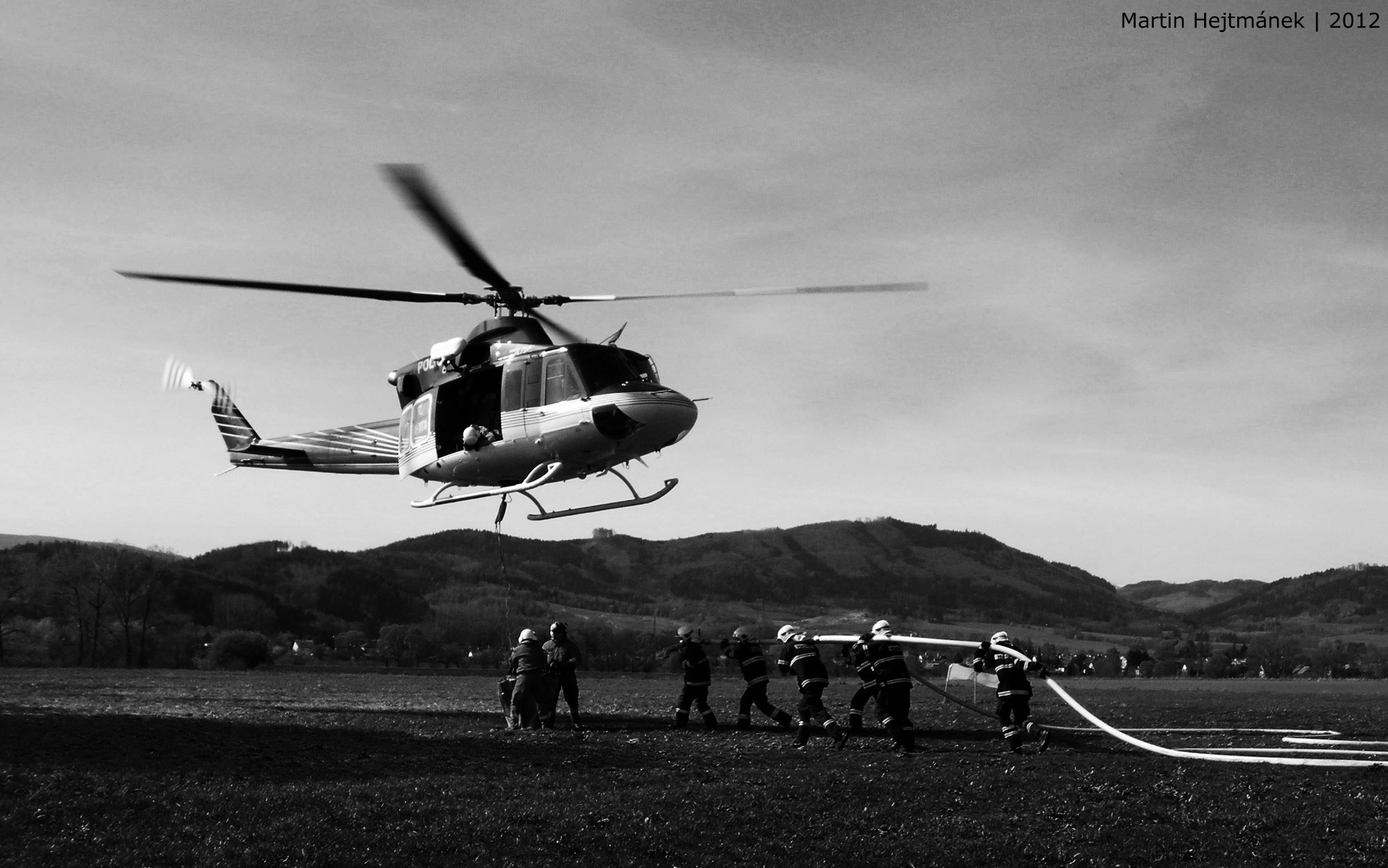 Bell 412 in firefighting action by H8me-CZ