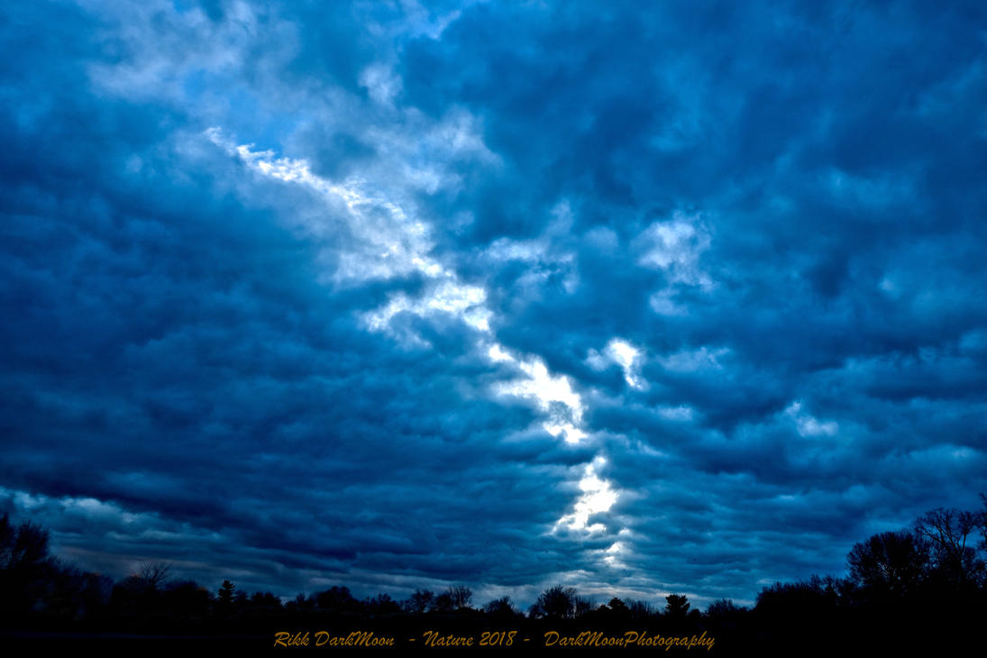 00-Nature-2018-ACrackInTheUniverse-DSC06343-HDR-WP by darkmoonphoto