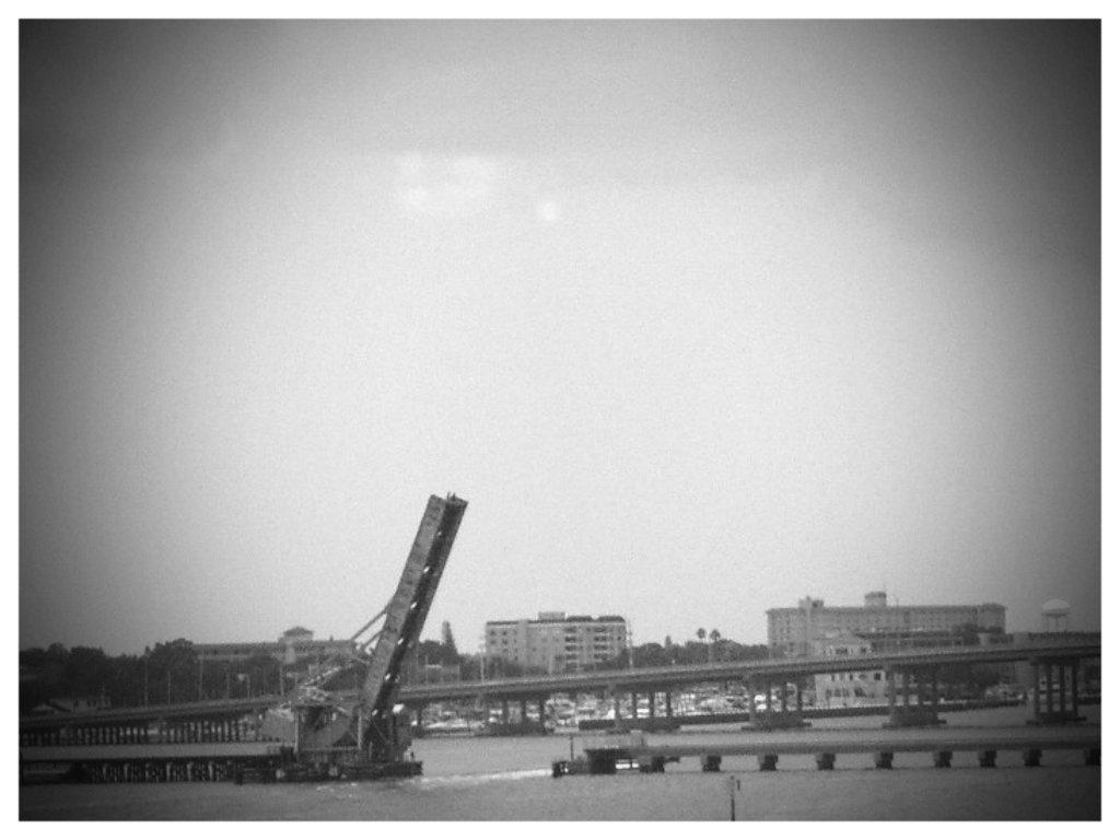 Draw Bridge-01 by sugabear