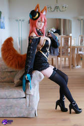 Tamamo no Mae Extra cosplay by Hidori Rose 09 by HidoriRose