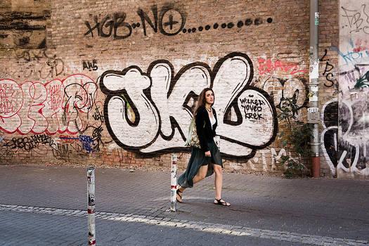 Grafitti Girl