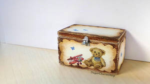 1:12 toy chest