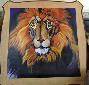 Lion-table