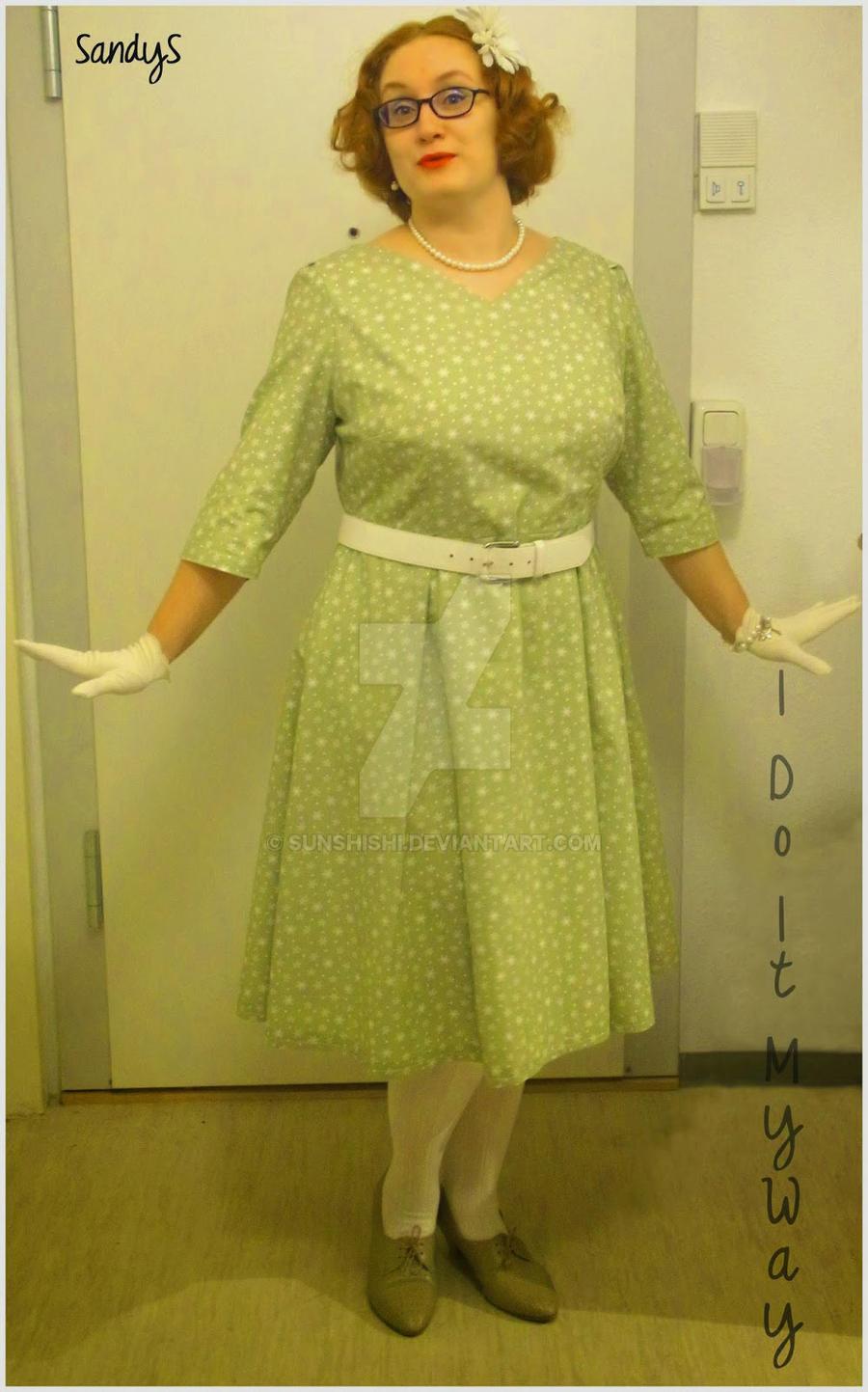 My Christmas Dress by sunshishi
