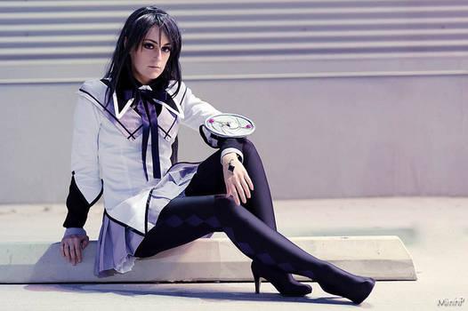 Time Traveler - Akemi Homura