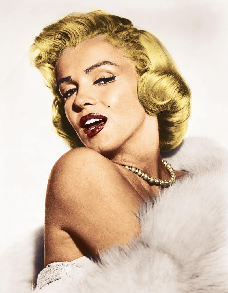 Marilyn Monroe by LuckeBjucke on DeviantArt
