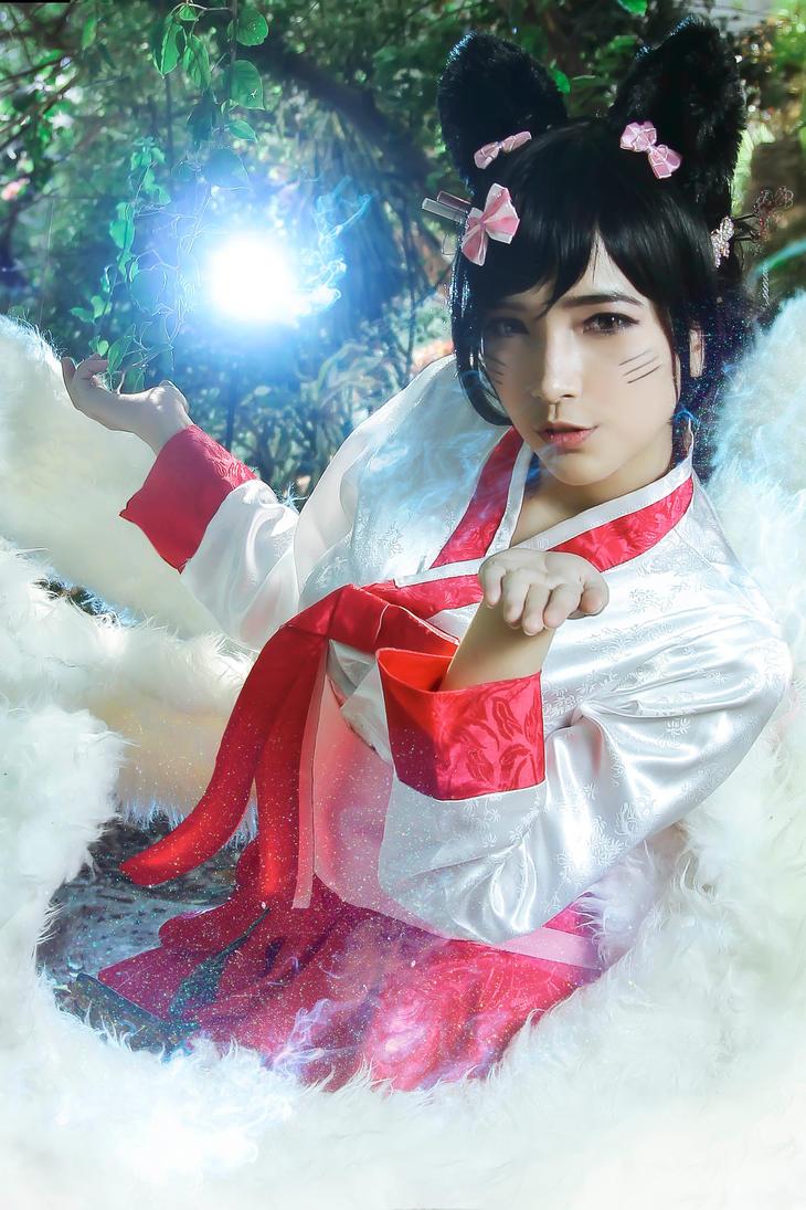Dynasty Ahri Cosplay by Raine Hoshino by hoshiterasu