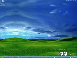 Desktop 13.10.04 by emberInc