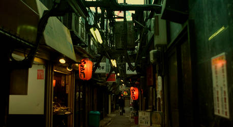 old street in shinjyuku