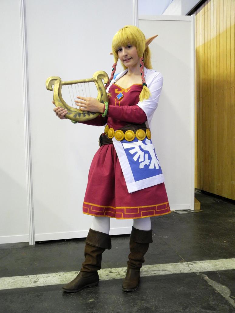 Princess zelda skyward sword cosplay