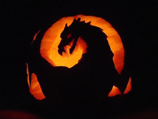 Halloween Dragon by sahnn
